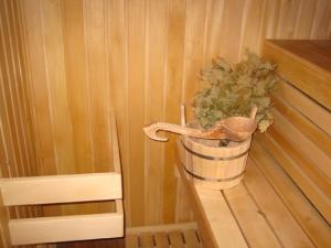 kak-pravilno-paritsya-v-russkoj-bane-ili-finskoj-saune