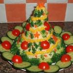 ychnye-salaty-i-garniry-v-novogodnem-oformlenii_13