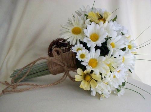 букет для ромашковой свадьбы