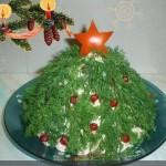 ychnye-salaty-i-garniry-v-novogodnem-oformlenii_7